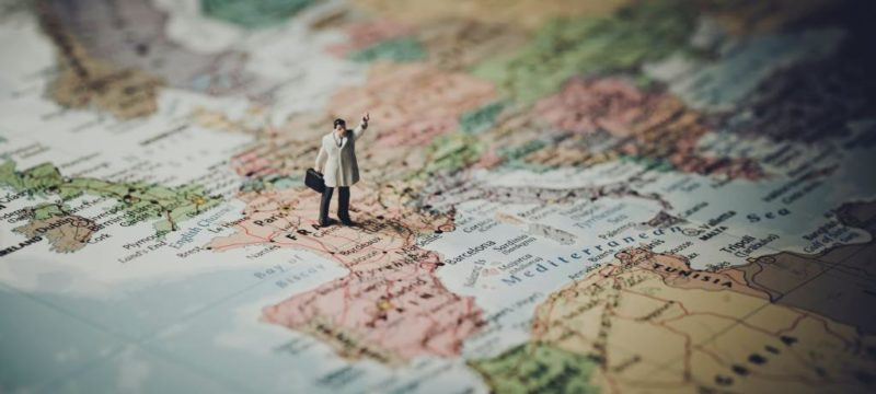 «Faillite» ouverte en France, le salarié travaillant à l'étranger bénéficie-t-il de la garantie AGS?